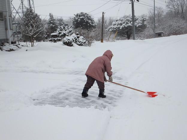 雪かきが筋トレ・ダイエット効果的な5つの理由を解説!