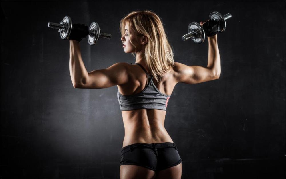 「みんなで筋肉体操」背筋編のトレーニング内容を紹介