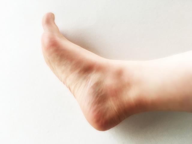 タオルギャザーのやり方・コツ・効果|タオルで足の裏を鍛える
